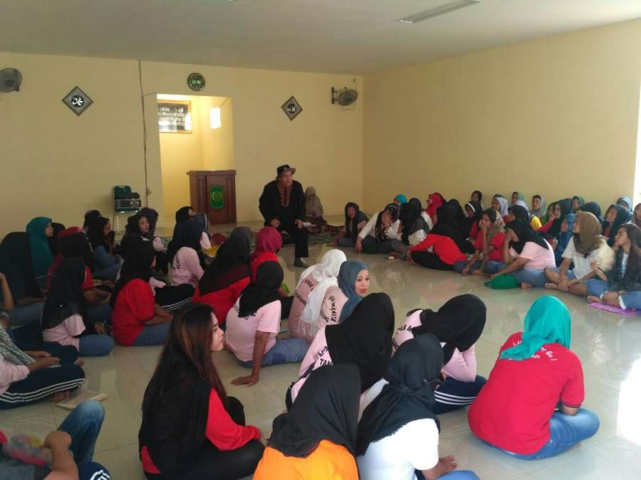 Membangun Budaya Baca, Dongeng Center Tangerang Kunjungi LP Wanita